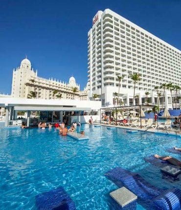 Aruba Elegancia y Entretenimiento en Exclusivo Resort All Inclusive - Adults Only