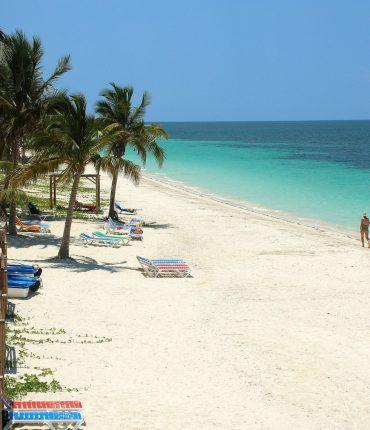Exclusivas Playas de Cayo Ensenachos en Lujoso Resort All Inclusive con Parque para Niños
